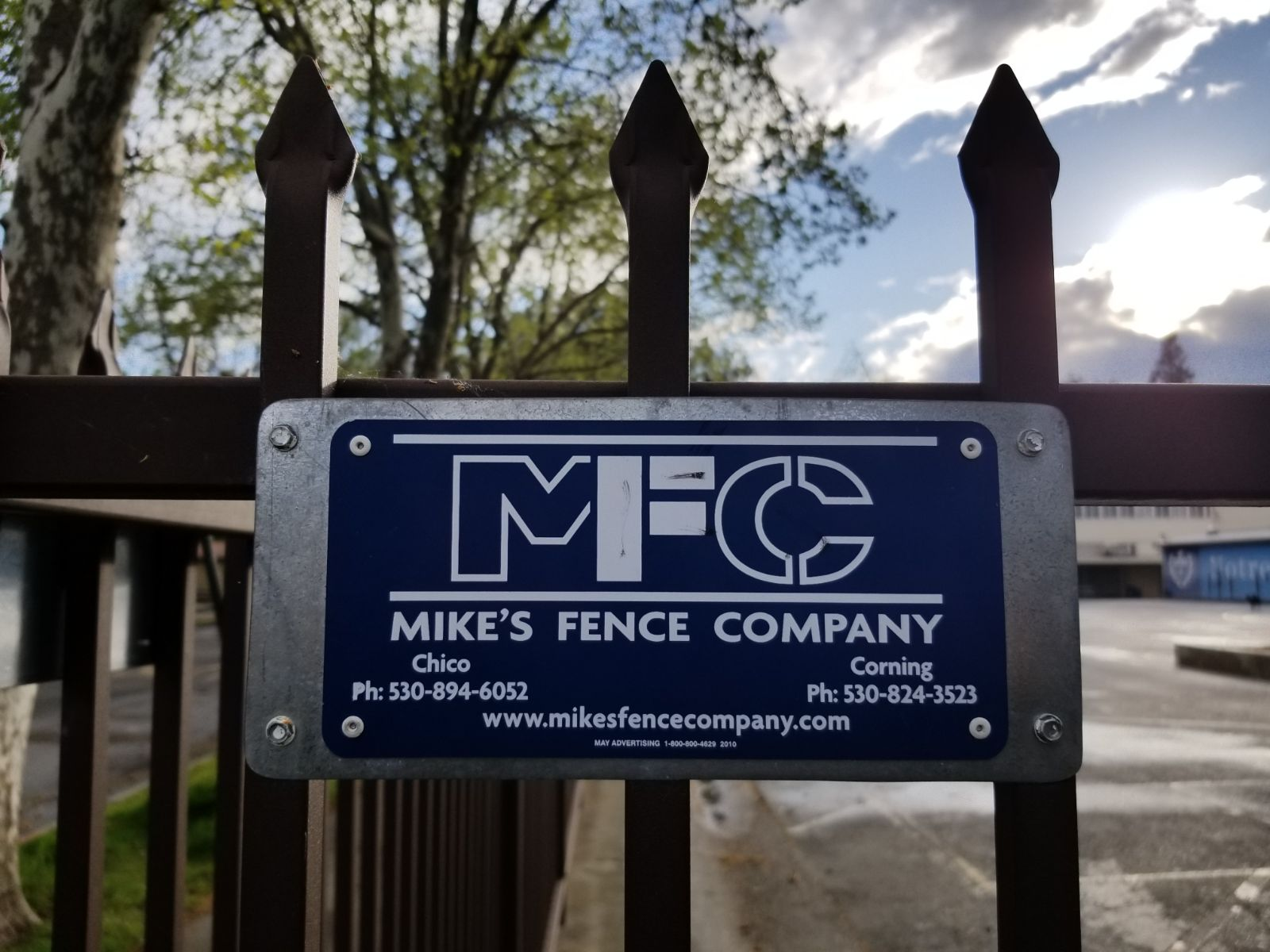 Permanent Fence Builders - Mikes Fence Company